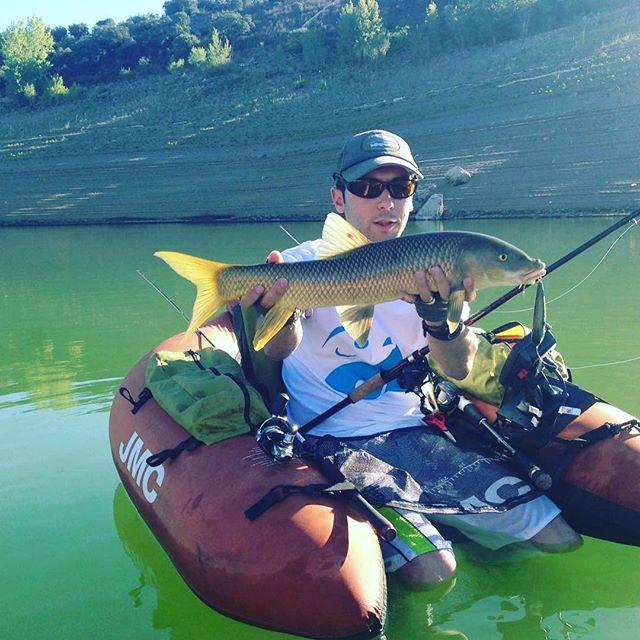 Pesca desde pato de barbo